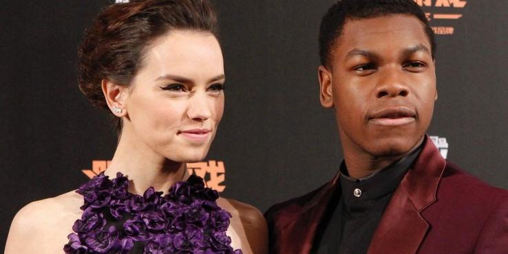 Újabb Star Wars-filmek készítését jelentette be a Disney elnöke