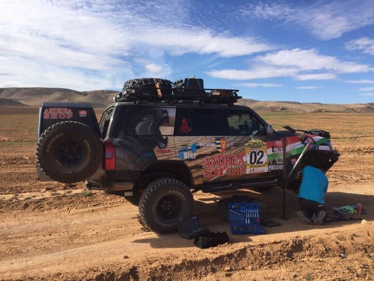 Try to repair a broken axle near the Rif mountains.
