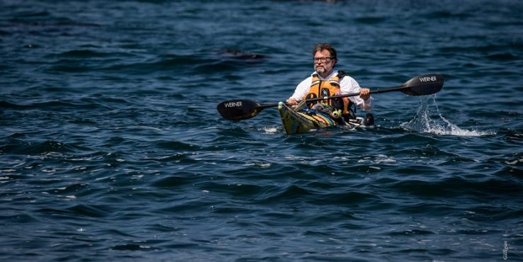 Hungarian man kayaks from L.A. To Tijuana to fight tuna overfishing