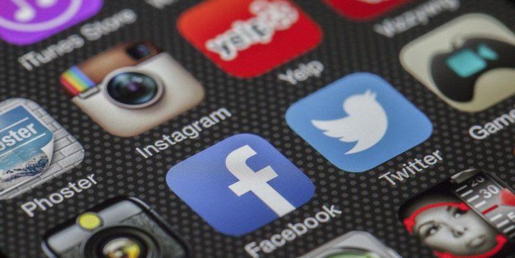 Miért akarja tudni az amerikai kormány a Facebook címünket?